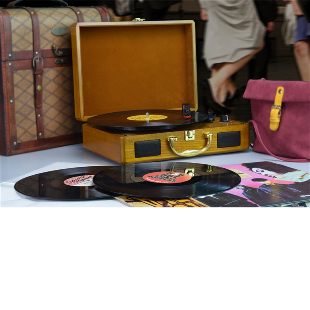 M431, Wood Suitcase Turntable Player